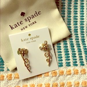 Kate Spade Picnic Perfect bee earrings